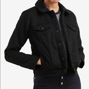 NWT Levi's Women's Black Sherpa Trucker Jacket